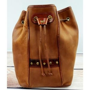 Fossil vintage leather bucket bag one strap